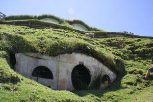 http://commons.wikimedia.org/wiki/File:Original_Hobbit_Hole,_Hobbiton_New_Zealand.jpg